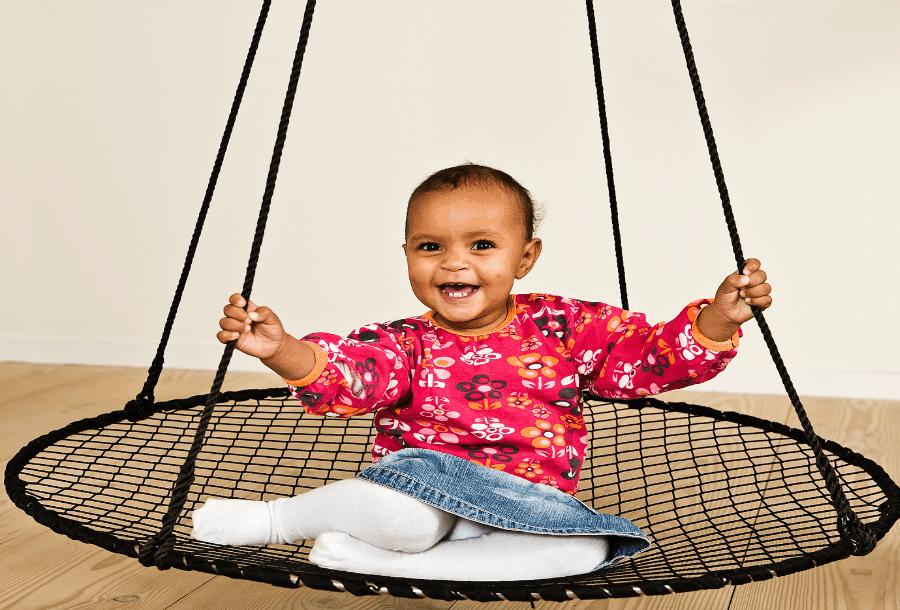 Styrk dit barns udvikling med en sansegynge