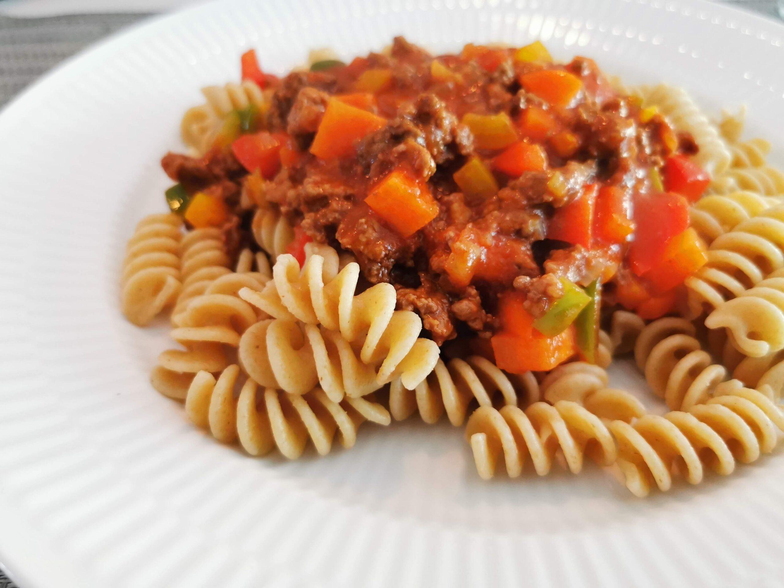 Børnevenlig mad: Pasta med kødsovs