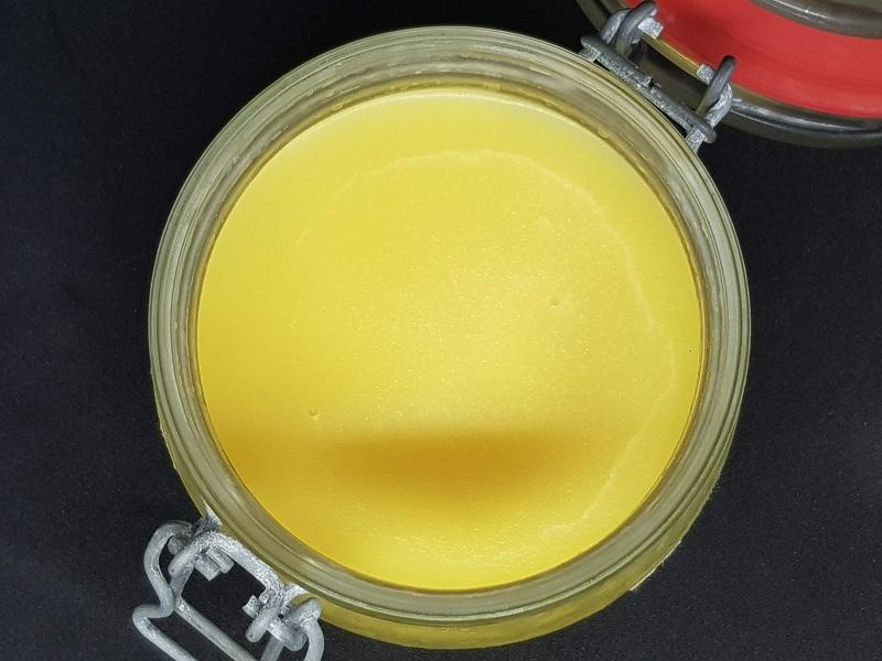 Ghee af hjemmelavet smør